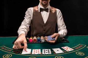 เว็บไซต์บาคาร่า สมัคร-เล่นผ่านมือถือ อย่างน้อยตาละ 5-10 บาท เล่นอย่างไร